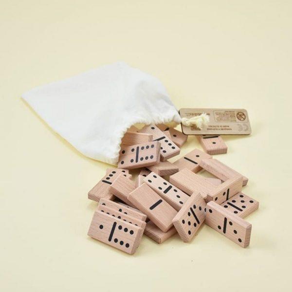 Domine s pikami slovenska lesena igrača