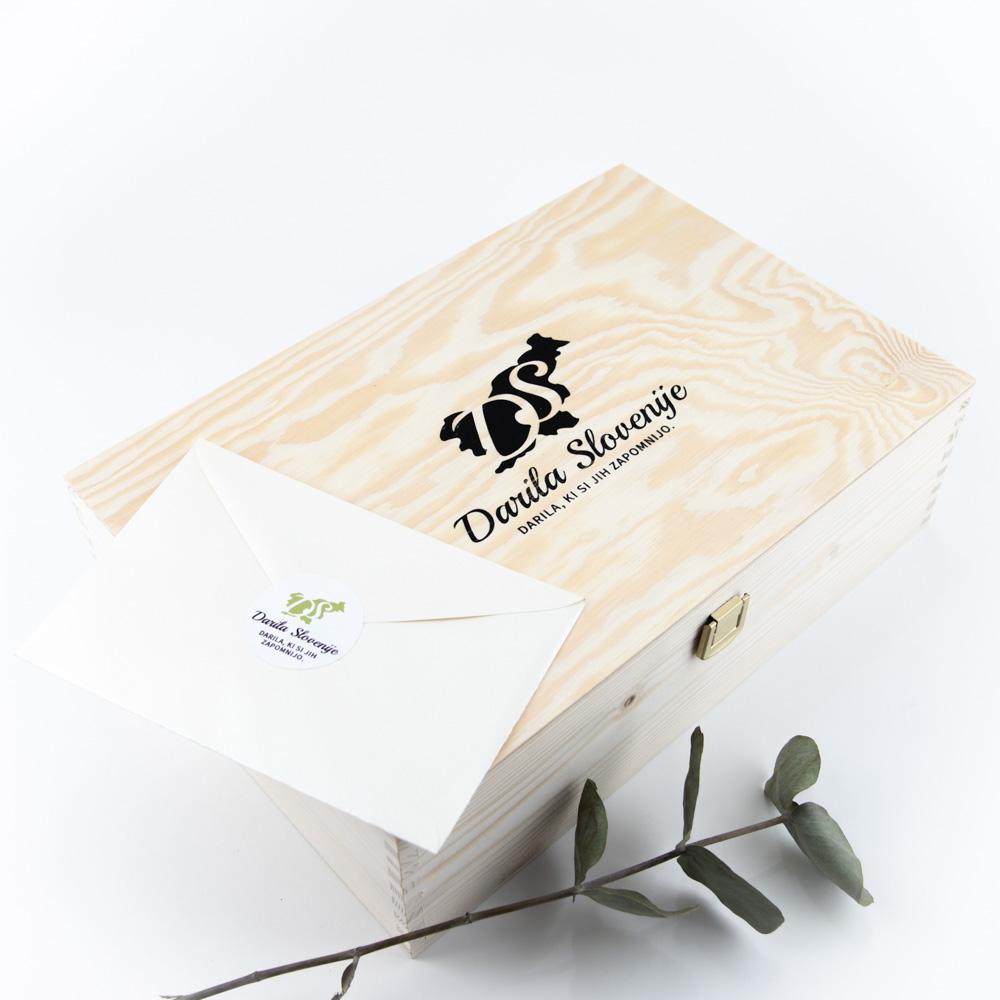 Lesena darilna škatla darila Slovenije