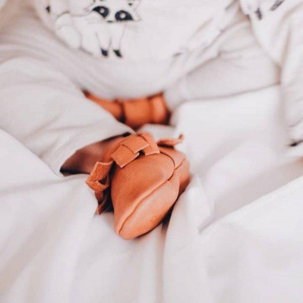 Usnjeni copatki za dojenčke