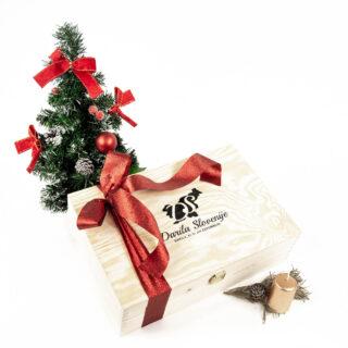 Božična lesena škatla