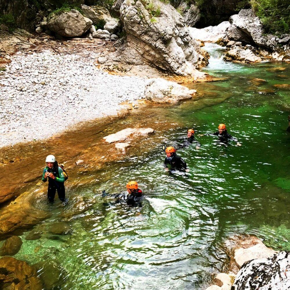 Life adventures soteskanje Bohinj