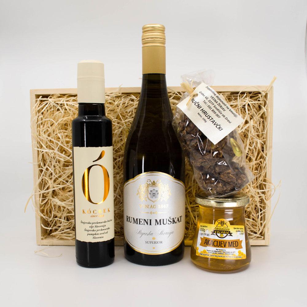 Darilni paket vino in bučno olje
